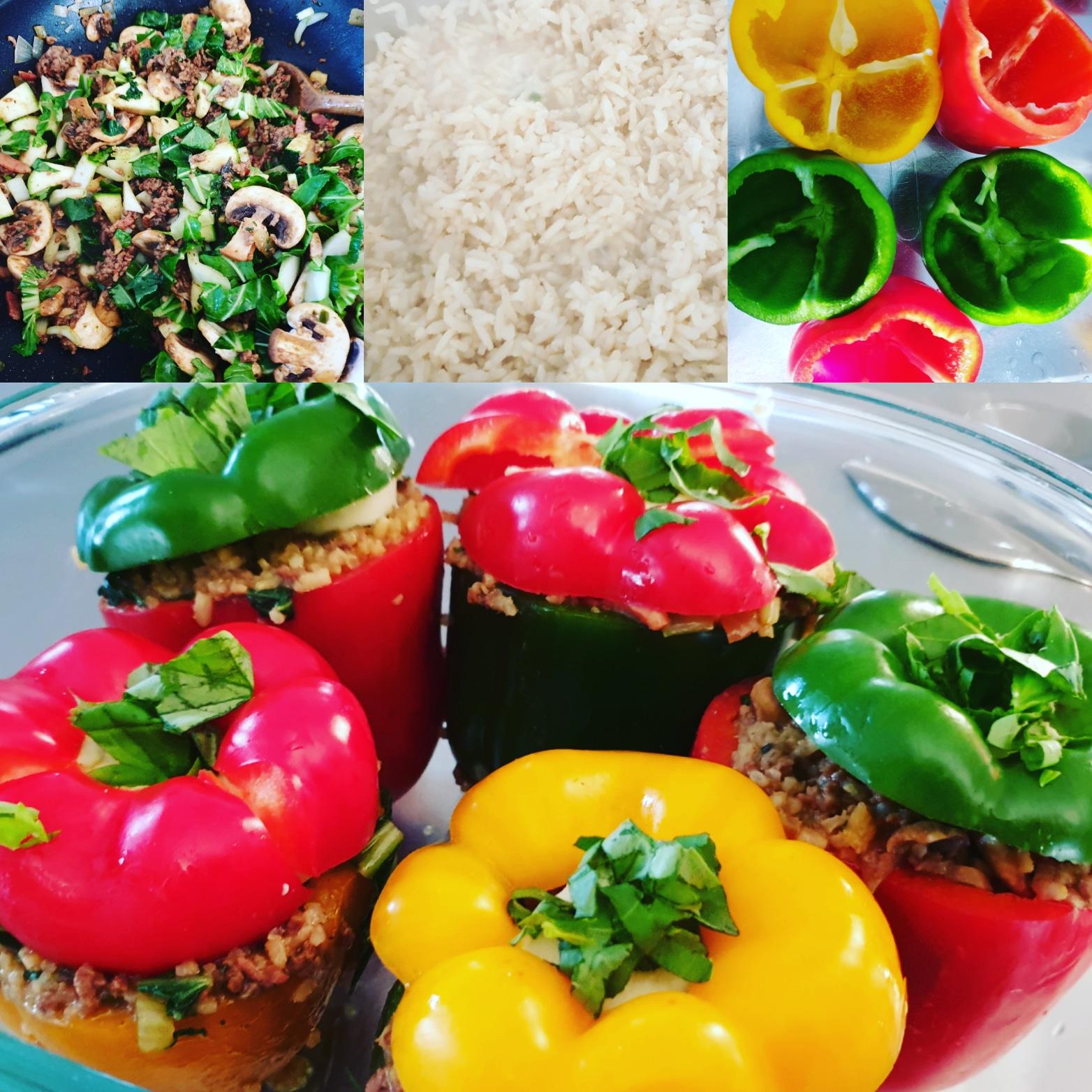 Gevulde gekleurde paprika's